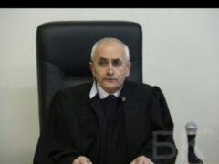 В Омске неизвестный напал на федерального судью
