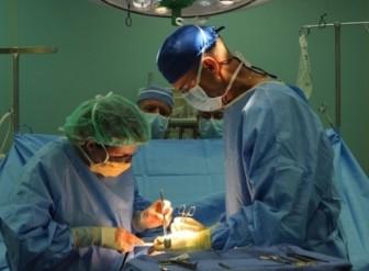 операция врачи