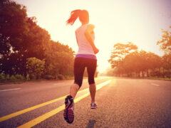 Ученые: увеличение количества шагов продлевает жизнь человека