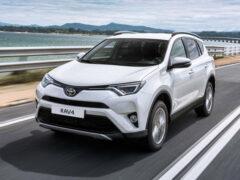 С конвейера петербургского завода Toyota сойдут первые кроссоверы RAV4