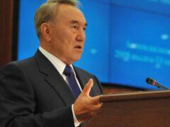 Назарбаев призвал казахстанцев поверить в тенге