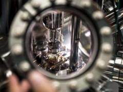 Ученые открыли: тепло излучается в 10 000 раз быстрее на наноуровне