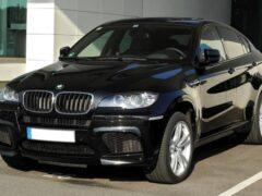 BMW X6 стоимостью 5,2 млн угнали в Москве