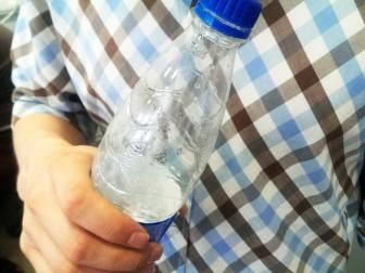 пластик бутылка
