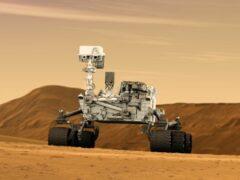 NASA: Curiosity снял селфи с песчаными дюнами на Марсе