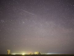 NASA опубликовало снимок метеорита, падающего над Байконуром