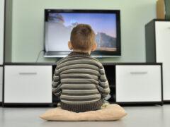 Просмотр телевизора снижает умственные способности человека