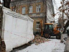 Реакция властей Мичуринска по сносу опасной стены последовала незамедлительно