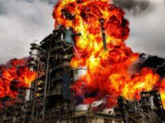 На нефтеперерабатывающем заводе в Китае произошел взрыв