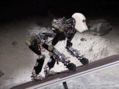 Ученые предложили колонизировать Луну при помощи роботов-аватаров