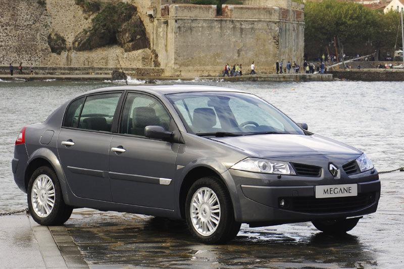 Renault Megane выпустят в кузове седан в 2016