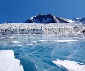 Антарктида, голубой лед