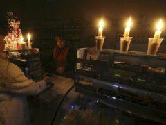 Аксенов пообещал «раздать на орехи» уехавшим на время ЧС чиновникам