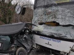 Один человек погиб и семеро пострадали в ДТП с автобусом на Кубани