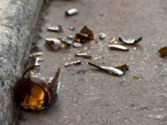 Бутылку бросили на голову ребенку из окна многоэтажки в Ростове