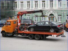 В Петербурге пытались похитить иномарку с помощью эвакуатора