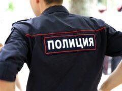 Петербург: пьяный водитель на Думской протащил полицейского на машине 50 метров