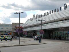 В аэропорту Стокгольма из-за странного свертка объявлена угроза взрыва