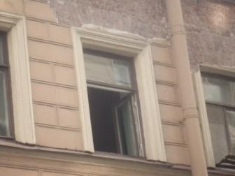 окно Петербург