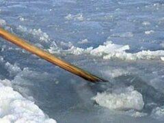 В Петербурге спасли 4-летнего мальчика, провалившегося под лед