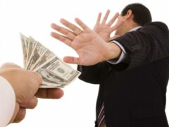 Налог с награды за помощь в борьбе с коррупцией платить не придется