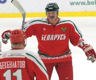 Лукашенко хоккей