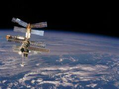 Научная станция «Мир» 30 лет назад была выведена на космическую орбиту