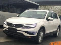 В Сети появились шпионские фото нового кроссовера Volkswagen CrossBlue