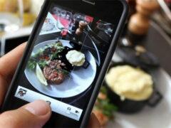 Ученые: сделанное фото блюда перед едой делает его вкуснее и полезнее