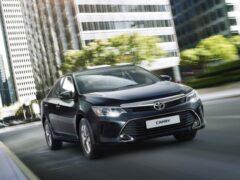 Toyota Camry снова лидирует в мировом рейтинге в своём классе