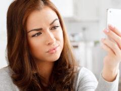 Ученые обвинили смартфоны в ухудшении настроения их владельцев