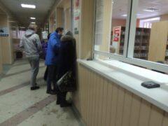 Петербург: В поликлинике на Камышовой в очереди умер пенсионер