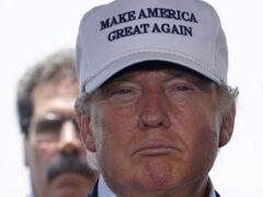Китайский производитель унитазов Trump готов судиться с Трампом