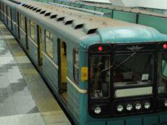 14-летнюю школьницу из Мурманска сняли с поезда за кражу и наркотики
