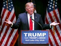 Противники Дональда Трампа перекрыли трассу в Аризоне