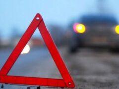 ДТП на Мурманском шоссе: Mitsubishi влетел под фуру, водитель погиб