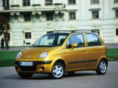 Названы самые дешевые автомобили в России за март 2016 года