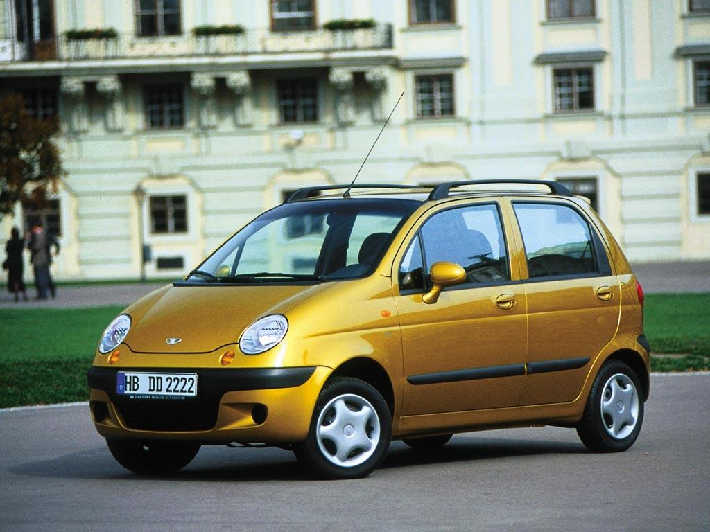 Озвучены самые дешевые автомобили России в марте