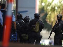 Неизвестные захватили заложников на заводе в Сиднее, есть жертвы