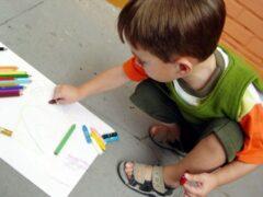В Британии 4-летнего мальчика приняли за радикала из-за слова «огурец»