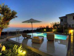 Выгодно ли купить у моря виллы на Кипре?