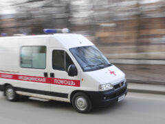 В Пинске ВАЗ упал с домкрата и насмерть придавил мужчину