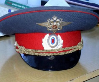 полицейский фуражка
