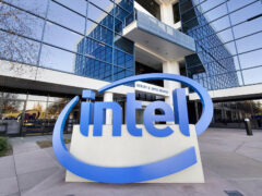 Корпорация Intel сократит 12 тысяч сотрудников