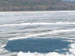 Двое детей погибли, провалившись под лед в Иркутской области