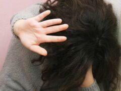 В Челябинске арестованы двое предполагаемых насильников школьницы