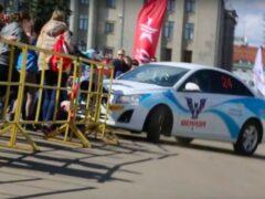 Автомобиль въехал в толпу зрителей на ралли в Кирове