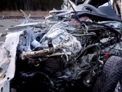 Петербург: В массовом ДТП с цементовозом на Таллинском шоссе погиб водитель