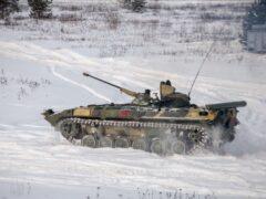 Под Челябинском на полигоне погиб контрактник под гусеницами БМП