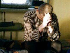Обвиняемый в педофилии вспорол себе живот в казанском суде